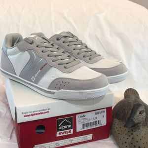 Alpine Swiss size 9 Athletic Shoes Gray